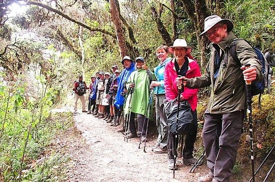 Caminata por el Camino Inca de 4 días...