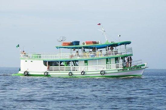 Manaos a Tabatinga en barco en cabina...