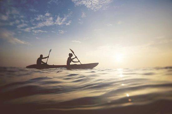 Sunset & Moonrise Kayaking: Sunset Paddling