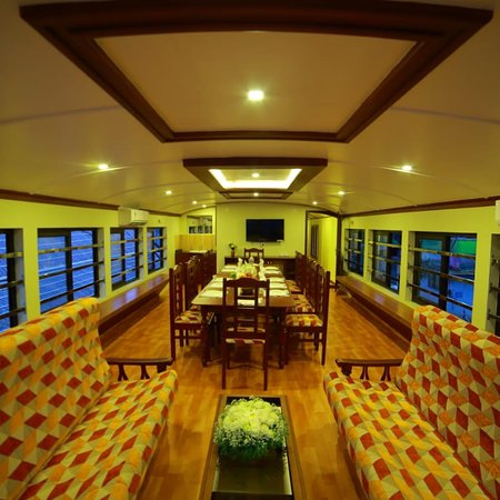 Luxury house boat GR group