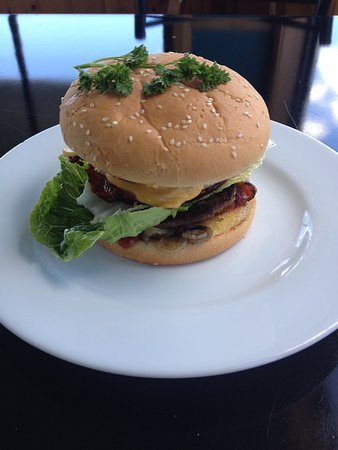 Newsagency & Mouth Cafe: Now that is a burger with everything