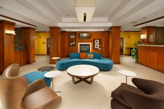 Lacy Lakeview, TX: Lobby