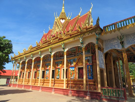Tonle Sap Lake and Kampong Phluk Private Half Day tour from Siem Reap: Temple