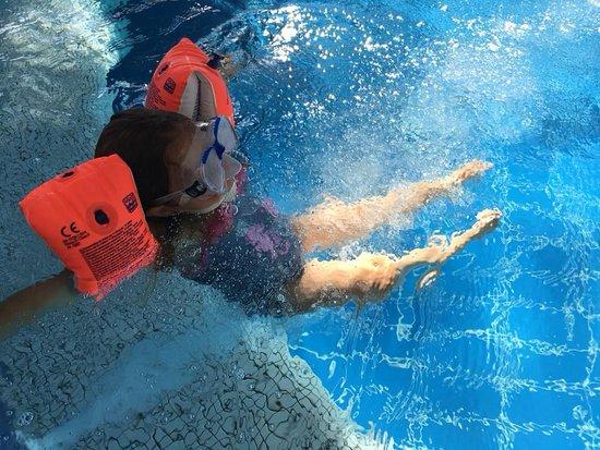 Maishofen, Austria: Surroundings - Tauern Spa, swimming with Kids