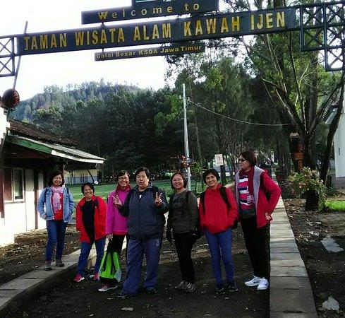 Java Tour Explore