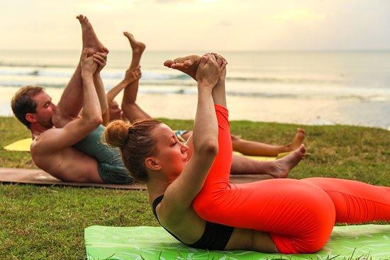 Sport Extreme Travel: Йога-курсы и растяжка