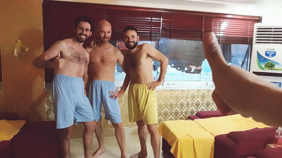 Кэт-Ба, Вьетнам: They feel happy after a massage that's our pride