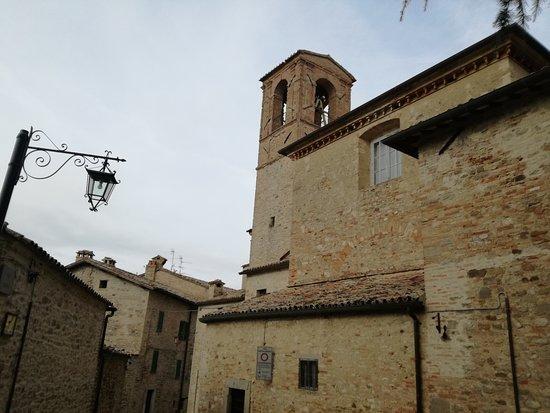 Montone, Italia: esterno