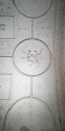 Tombs of Via Latina: Particolare della Tomba dei Valerii