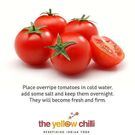 """Place overripe tomatoes in cold water, add some salt and keep them overnight. They will become fresh and firm. #FoodHacks"""