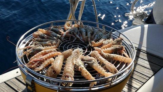 Marina di Montenero, Italy: Arrosto a bordo