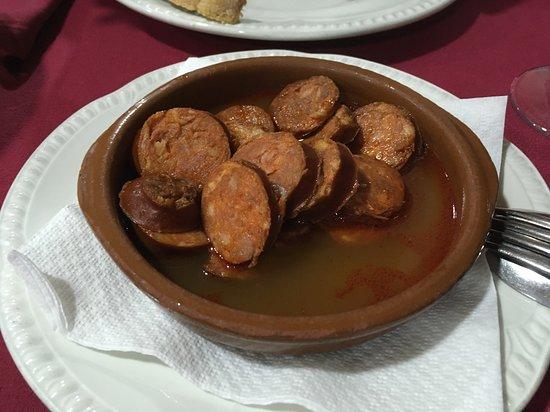 CASA PAULINO: Chorizo a la sidra