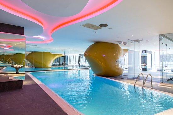 Golden Rain Spa - Indoor pool
