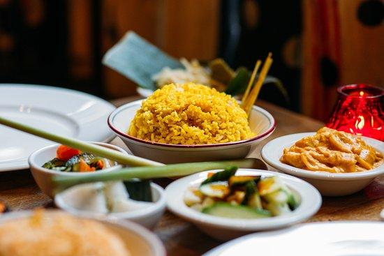 Uit Eten Voor Verjaardag Reizigersbeoordelingen Javaans Eetcafe