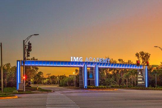 Legacy Hotel at IMG Academy: IMG Academy Main Entrance