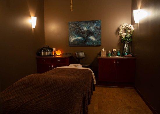 Riverside Spa: Massage Room