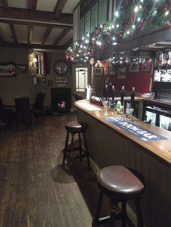 Thornford, UK: The Kings Arms
