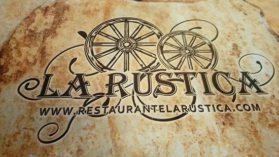 La Rustica Pizza y Pasta: La Rustica