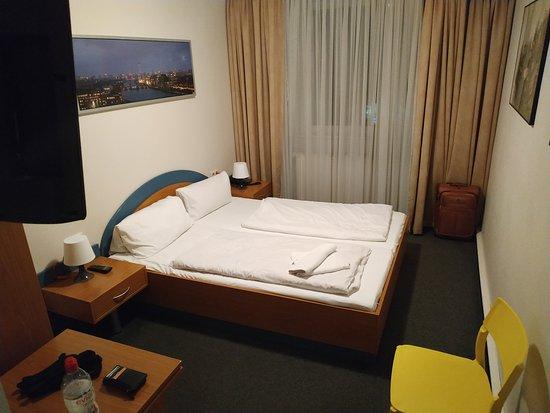 Hotel Ambiente Berlin City Image