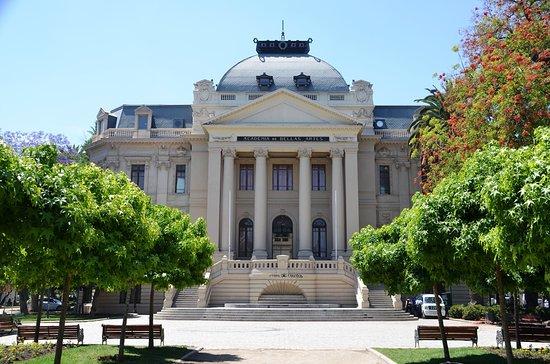 Chilean National Museum of Fine Arts: Museo Nacional de Bellas Art