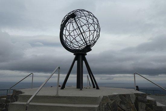 North Cape: Globus am Nordkap
