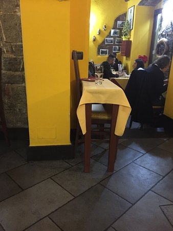 Trattoria Vegia Zena: table for 1 - if you come allone