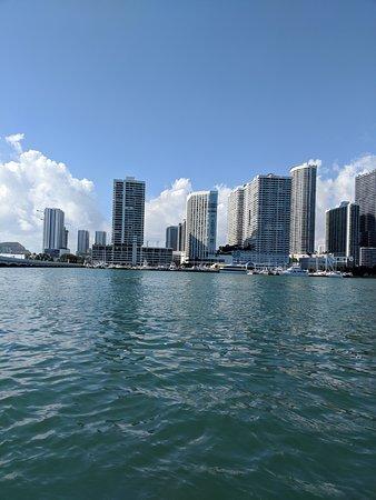 Miami Speedboat Tour: Miami's Premiere Boat Tour