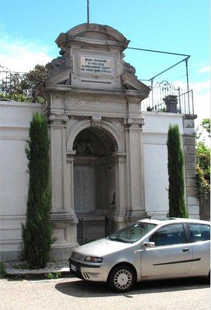 Monumento ai caduti di Biumo Superiore