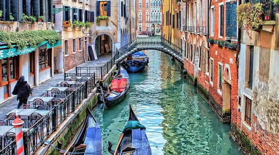 Claudioitaliandriver.com | DRIVER in TUSCANY - Venice Full Day Tour & Activities from Florence!