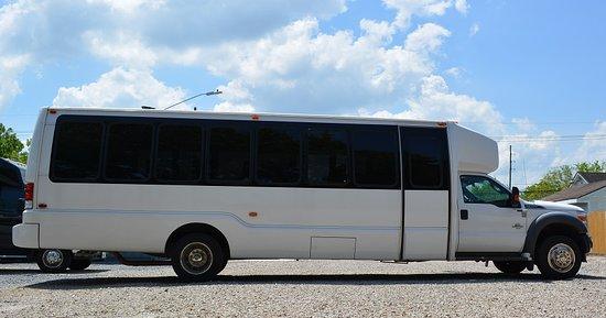 Luxe Limousines 28 Passenger Mini Bus/Shuttle Bus
