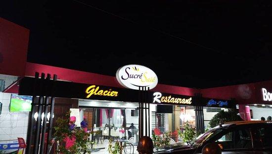 Espace Sucre Sale: Notre terrasse café,salon de thé,glacier,snack...