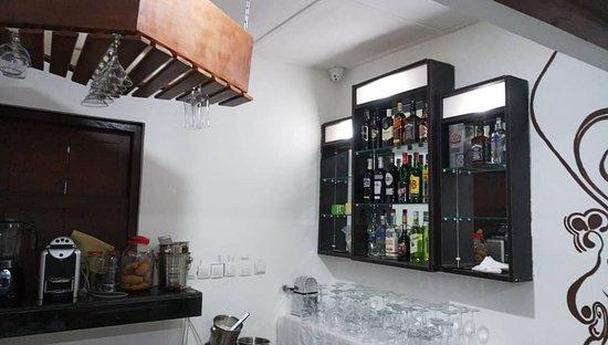 Espace Sucre Sale: Le Bar.