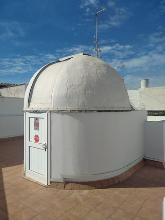 Ingenio, Spain: Astronomical experience from an amateur observatory in Gran Canaria