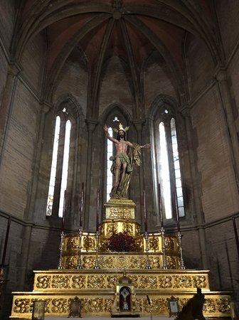 Iglesia de Santa Marina: Cristo Resucitado.