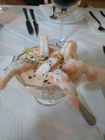 Pimm's Restaurant: prawn cocktail