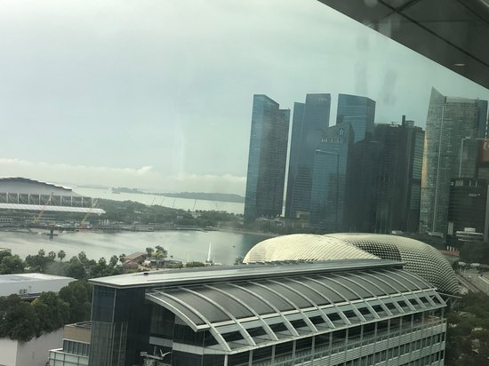JW Marriott Hotel Singapore South Beach: Zoomed in from 15th floor, morning view
