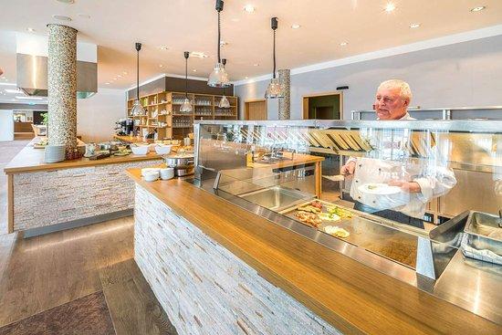 Schwalbach, Duitsland: Breakfast