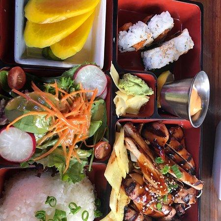 Doraku Sushi Waikiki Photo