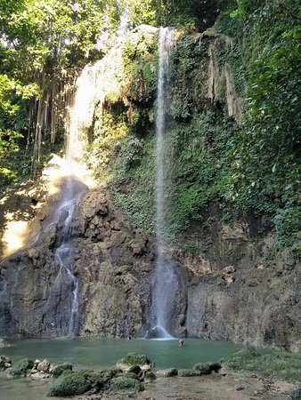 Bohol Province, Filipinas: Bohol tour waterfall private