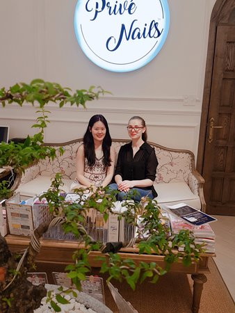 Only divine people at Prive Nails ! #1 spa in Vietnam, the best nail you can get