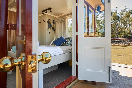 Murray River Paddlesteamers - PS Emmylou: Emmylou Suite French Doors to Deck
