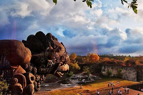 Garuda Wisnu Kencana Park Bali and...