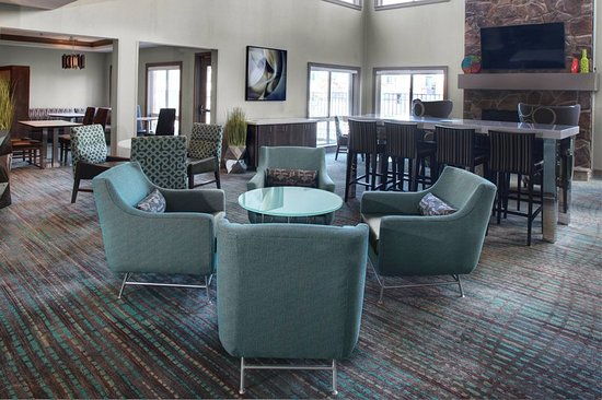Independence, OH: Lobby