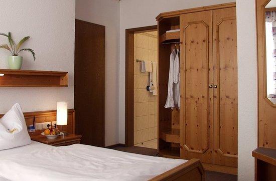 Laupheim, Germany: Guest room