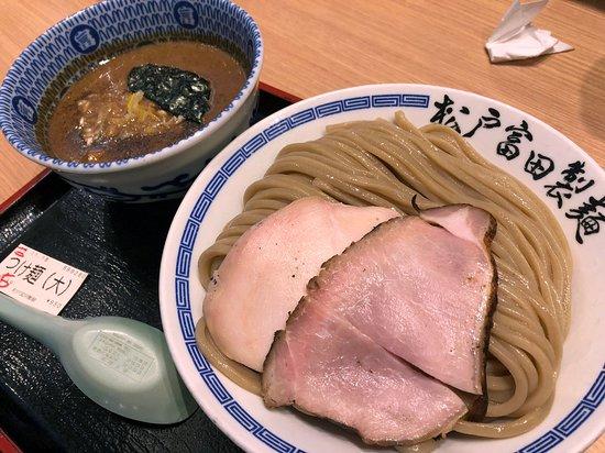 Matsudo Tomita Seimen Lalaport Tokyo Bay: 濃厚つけ麺