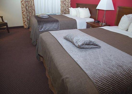 Morton, IL: Guest room