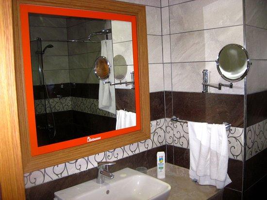 Beldibi Hotel: Зеркало заднего вида