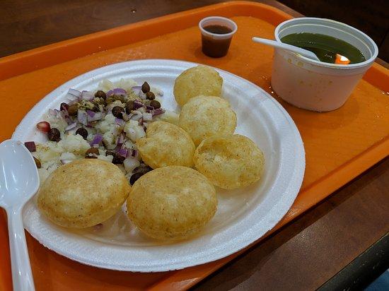 Rajdhani Sweets & Restaurant: Pani Puri
