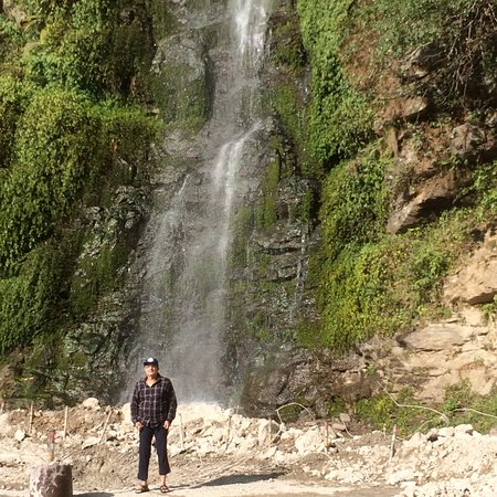 Bhutan: At fall in Ghat to Thimphu