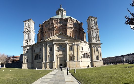 Vicoforte, Italy: Santuario